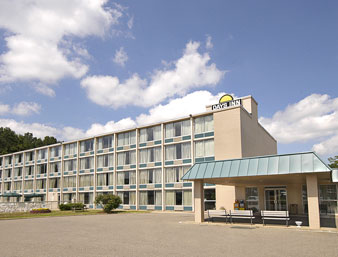 Days Inn - Cambridge Ohio