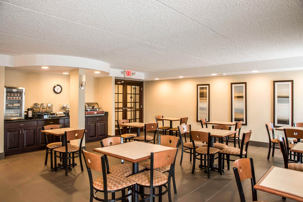 Holiday Inn Express Hotel & Suites - Springboro
